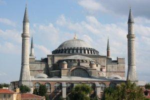 Turki Nuansa Islami Kembali Bersemi