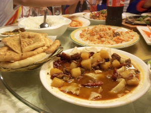 Hidangan makanan di restoran China